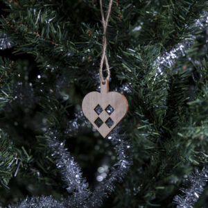 Julefigur på juletre. Hjerte
