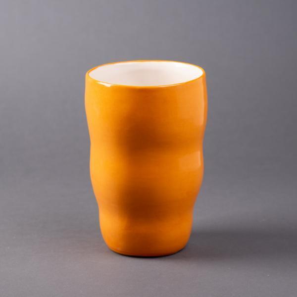 oransje helfarget vase