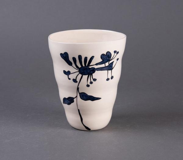 Blå vid vase